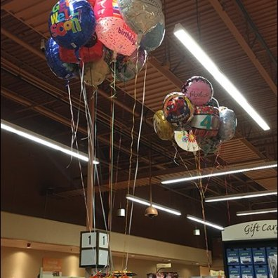 Wegmans Star Balloon Anchors 1