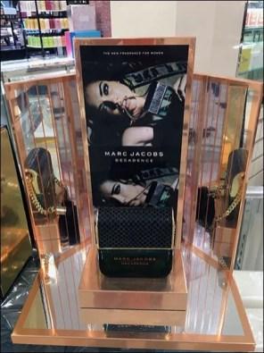 Marc Jacobs Decadence Fragrance Clutch 2