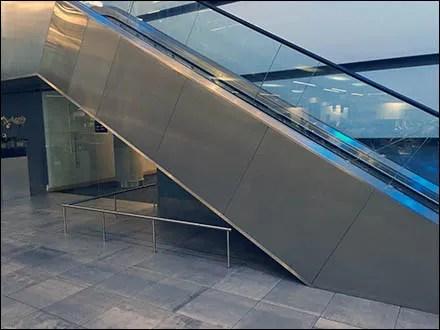 Mercedes Benz Manhattan Escalator Restriction 1