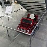 Mercedes Benz Manhattan Moderno Radio Control Car 2