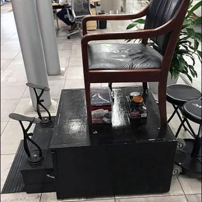 Mercedes Benz Manhattan Shoeshine Station 3