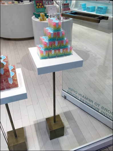 Sugarfina Candy Pyramid and Pedestal 1