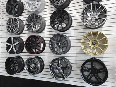 Automotive Custom Wheel Rim Slatwall Hook