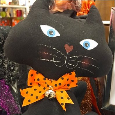 halloween-cat-plush-table-sign-feature