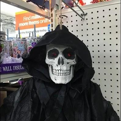 halloween-ghoul-twine-hang-2