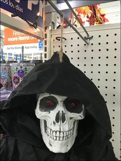 halloween-ghoul-twine-hang-3