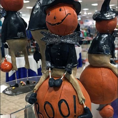 halloween-pumpkin-riding-pedestal-3