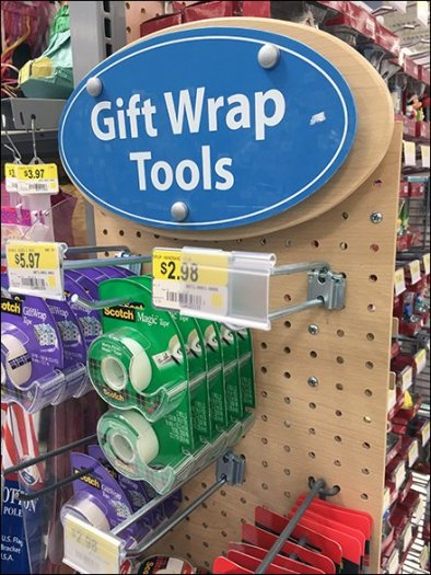 gift-wrap-tools-pegboard-powerwing-2