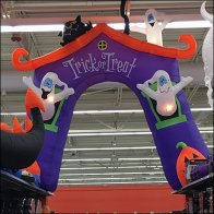 halloween-trick-or-treat-aisle-flyover-feature