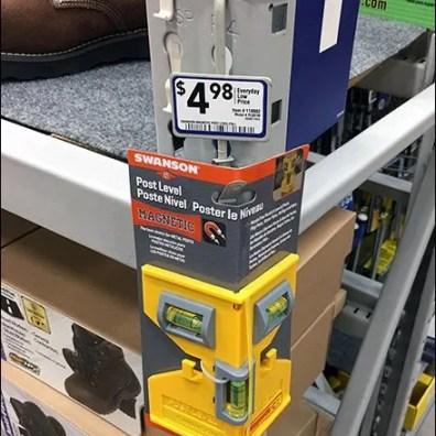 right-angle-strip-merchandiser-for-pallet-rack-2