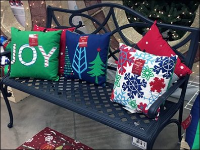 christmas-pillow-bench-merchandising-promotion-2