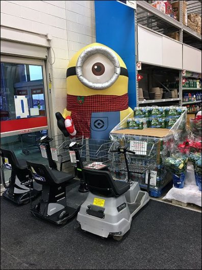 How Not To Merchandise a Minion Inflatable