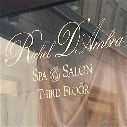 Ritz Carlton Hotel Retail Fixtures - Richel D'Ambra Spa Museum Case At The Ritz Carleton Hotel