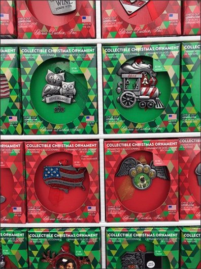 Christmas Collectable Ornaments Corrugated Display 3