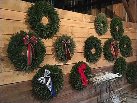 Tree-Farm Christmas Wreath Showrooming