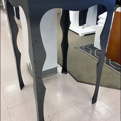 Sculpted Leg Christmas Museum Case 2