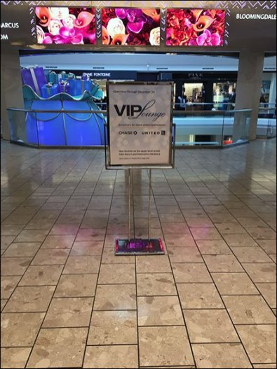 Christmas Eve V.I.P. Lounge At The Short Hills Mall