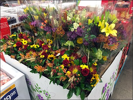 Warehouse-Club Floral Pallet Merchandising