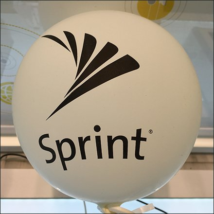 Sprint Retail Fixtures - Table-Top In-Store Balloon Branding