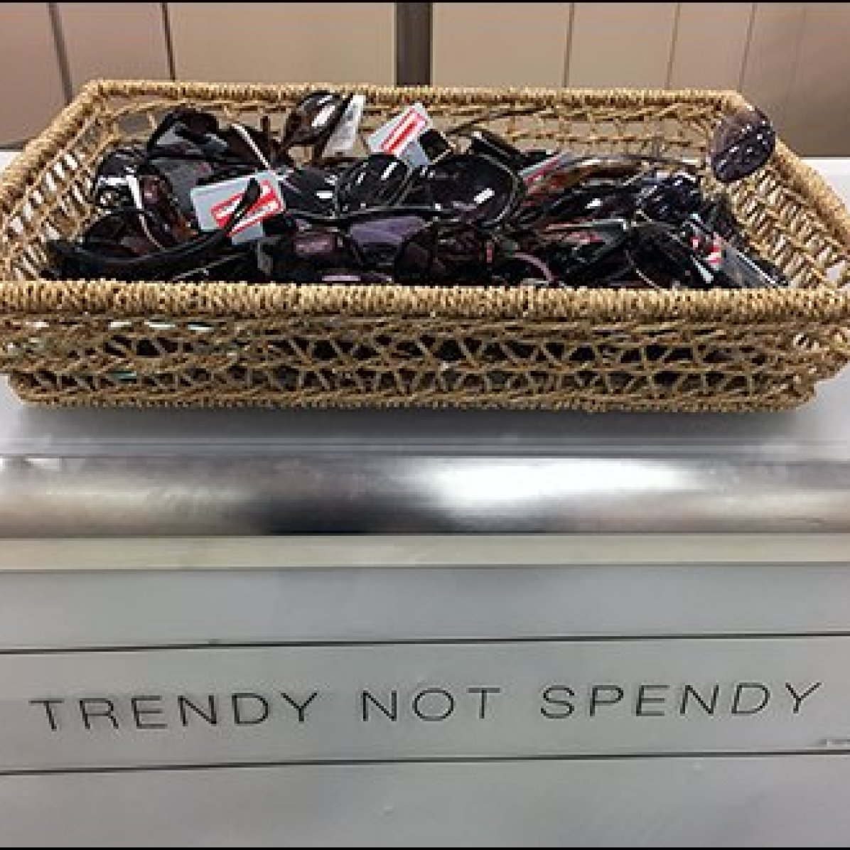 Trendy Not Spendy Sunglass Bulk Basket