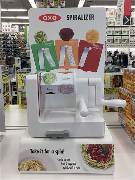 Spiralizer Try-Me Display OXO