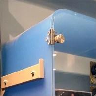 Round-corner Display Case Upright Mount Feature