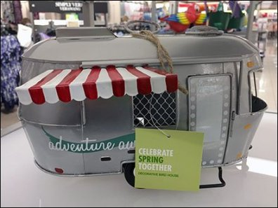 Airstream Birdhouse Perfect For Spring