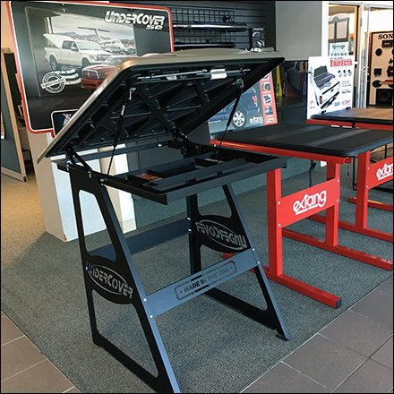 Case Study: Competitive Tonneau Cover Display Lineup