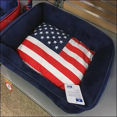 Patriotic Pet Bed Base Deck Merchandising