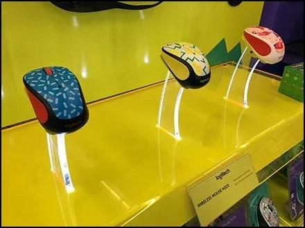 Edge-Lit Acrylic Logitech Mouse Pedestals