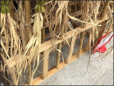 Do-It-Yourself Scarecrow Merchandising