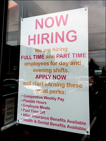 Dunkin' Donuts Hiring Competes With Perks