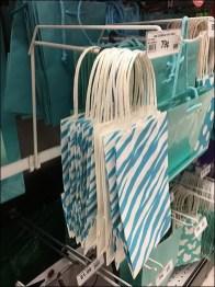 Gift Bag Periscope Hook That Bar Mounts