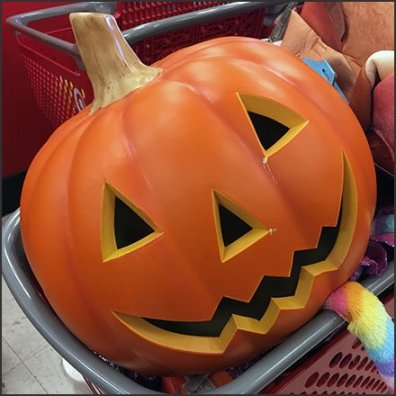 Halloween Pumpkin Holiday Returns Aux