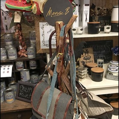 D.I.Y. Rustic Clothes Tree Purse Merchandiser