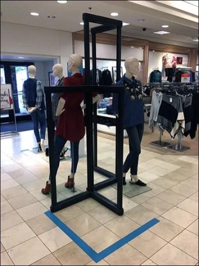 Floorstanding Vertical Space Frame For Fall