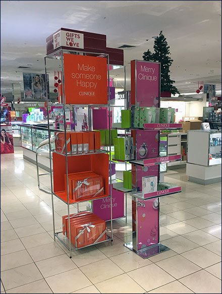 Merry Clinique Christmas Merchandising