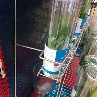 Curved Endcap Rack For Aquarium Plant Merchandising