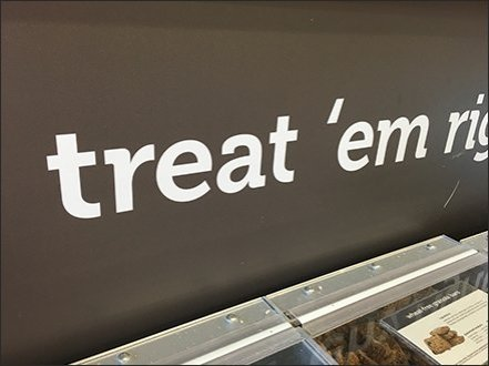 Grab-N-Go Treat 'Em Right Pet Treats