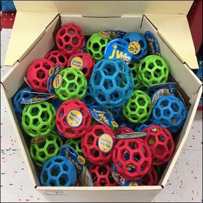 Hol-ee Pet Bucky Ball Corrugated Display Feature