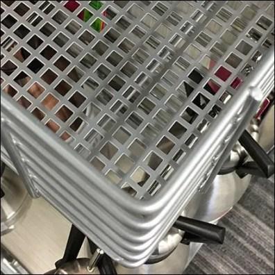 Perforated Metal Floor Deep Slatwire Rack Aux