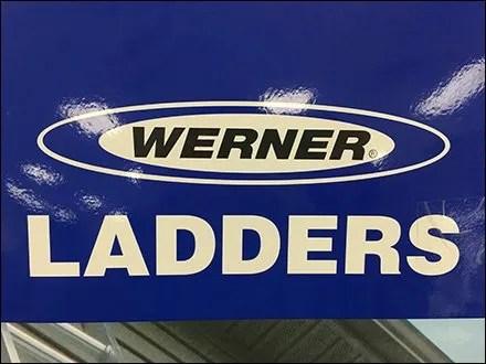 Werner Ladders Logo