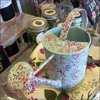Decorator Sprinkling Can Merchandising