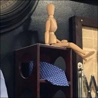 Decorator Necktie Display Sqaure2