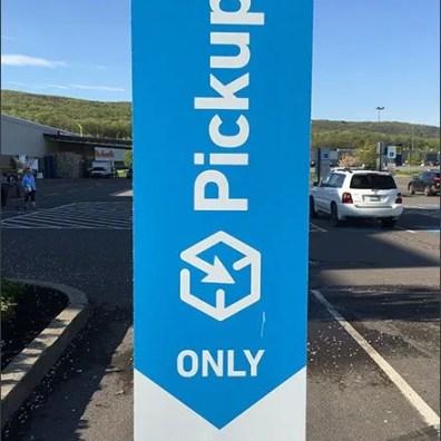 Lowes Online Pickup 15 Minute Parking 1