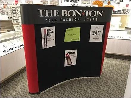 Fashion Store Entry Hiring Board Discounts