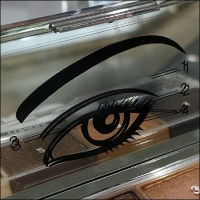 Eyeing A Clinique Eye Shadow Compact