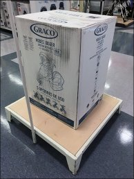 Minimalist Graco Display Platform As Plinth