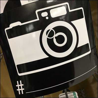 Scene Marker For Selfie Hashtag Titling