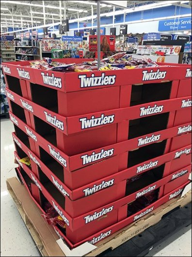 Twizzlers Flat-Stacked Corrugated Pallet Display